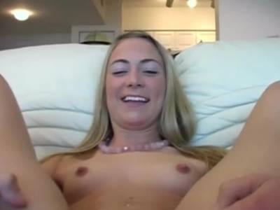 POV Erotik mit blonder Amateurin